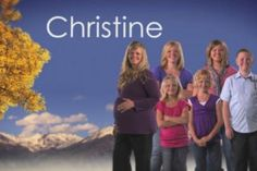 Sister Wive's Christine Feels Like The Family is Failing Cute Celebrities, Celebs, Sister Wives, Celebrity Kids, Christina Aguilera, Pregnancy, Sisters, Brown, Laundry