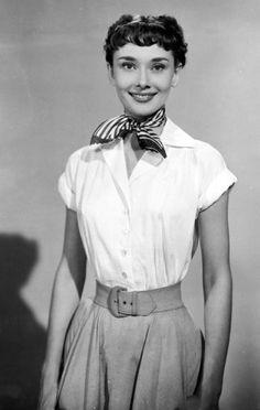 Audrey Hepburn-Scar Style-Roman Holiday-1953