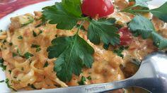 #linguini con salmone e zucchine in aurora sose