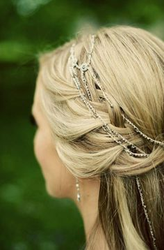 Delicate rhinestone chain woven into a romantic braided bohemian style bridal hairdo #wedding #bridal hair