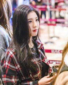 Fandom, Seohyun, The Wiz, K Idols, Libra, Girl Photos, Kpop Girls, Girl Group, Cute Girls