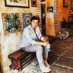 """💯 """"Più giù di così non si poteva andare, Più in basso di così c'è solo da scavare..."""" - È così per qualcuno fra voi?  quote Daniele Silvestri  Me in Savoca """"bar Vitelli"""" famosa location de """"Il padrino"""" o """"The godfather"""". Messina Sicilia  www.albaretna.com  travel Sicily #thatswhysicily"""