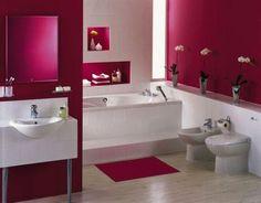 Bagno rosa, bianco e legno