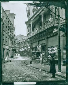 Doyers Street at the Bowery, circa 1915.ting Vintage Photographs of New York City in the 1910s