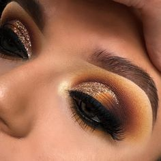 """2,604 Likes, 25 Comments - SUMMER PACKER MAKEUP (@lordchyna) on Instagram: """"Repost, still love this look …"""""""