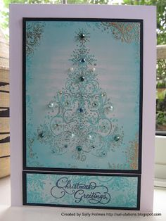 Aqua Inkylicious tree with a bit of sparkle on music background