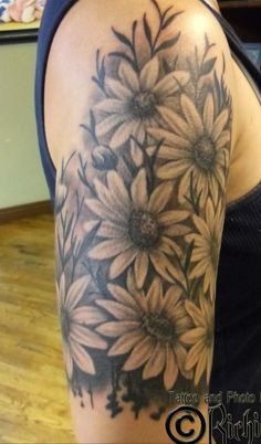 I absolutely LOVE sunflowers, they always seem to brighten my day and make me smile. I so want this