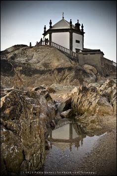 Capela do Senhor da Pedra / Capilla del Señor de la Piedra / Chapel of the Lord of the Rock - Miramar [2014 - Gaia - Portugal] #fotografia #fotografias #photography #foto #fotos #photo #photos #local #locais #locals #cidade #cidades #ciudad #ciudades #city #cities #europa #europe #porto #oporto #turismo #tourism @Visit Portugal @ePortugal @WeBook Porto @OPORTO COOL @Oporto Lobers