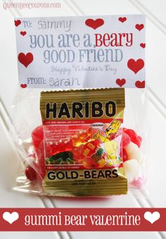 Gummy-Bear-Valentine-idea-- For Seth, Beary good brother. organic gummy bears at stop and shop Kinder Valentines, Bear Valentines, Valentine Treats, Valentine Day Crafts, Happy Valentines Day, Walmart Valentines, Valentine Stuff, Holiday Crafts, Holiday Ideas