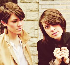 Tegan and Sara...love Sara's hair. I wish I could duplicate it, but my hair is too frizzy to pull it off.