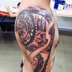 70 Motocross Tattoos For Men - Dirt Bike Design Ideas Dirt Bike Tattoo, Bicycle Tattoo, Bike Tattoos, Motorcycle Tattoos, Body Art Tattoos, Hand Tattoos, Sleeve Tattoos, Gear Tattoo, I Tattoo