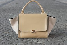 Terrorbambi - suede nude swing trapeze bag http://rstyle.me/n/hx42gyjnw