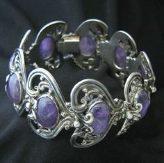Vintage Jewelry  repinned by   http://www.etsy.com/shop/EtinifniCreations