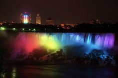 Niagra at night