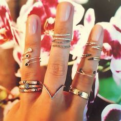 Gorgeous stacked white + black diamond rings #LoveGold