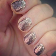 Sparkly gel nails