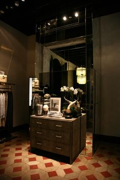 #jonofui #showroom #fashion #style #trend #glamour #alessiagiacobino