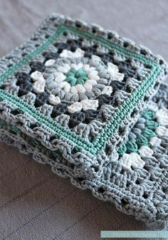 Crochet meets Patchwork Afghan - Green Granny Squares Pattern ...