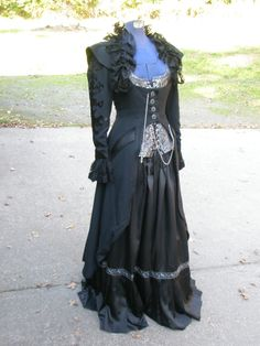 Vampy Halloween costume.