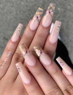 Acrylic Nails Coffin Short, Pink Acrylic Nails, Wedding Acrylic Nails, Acrylic Nails For Summer, Gold Coffin Nails, Ballerina Acrylic Nails, Pink Acrylics, Pink Nail, Wedding Nails