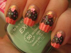 cupcake nail design...
