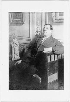 Guillaume Apollinaire Dadaism Art, The Doors Of Perception, Writers And Poets, Book Writer, World Of Books, Jolie Photo, Short Stories, Photographers, Icons