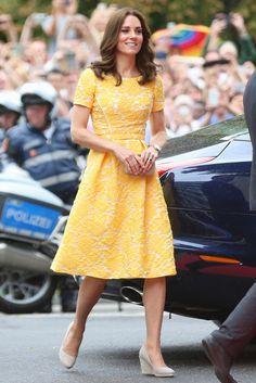 Yellow shirt dress kate middleton