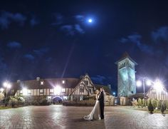 Saint Clements Castle in Portland, CT is a  majestic wedding venue that overlooks the Connecticut River.  A castle venue on the water with a staff that has a reputation of being excellent, what else could you ask for to make your wedding day absolutely perfect!