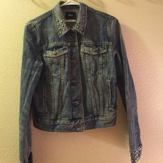 Cropped BDG studded denim jacket Cropped BDG studded denim jacket, size medium. In great condition with no flaws. BDG Jackets & Coats Jean Jackets