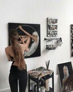 Cool art space set up Studios D'art, Art Et Design, Artist Aesthetic, Aesthetic Drawing, Wow Art, Art Hoe, Artist At Work, Oeuvre D'art, Art Sketches