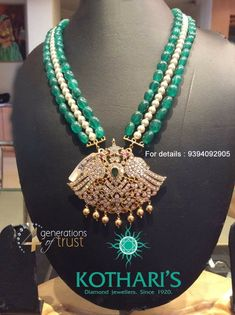 Emerald Jewelry, Pearl Jewelry, Indian Jewelry, Bridal Jewelry, Gemstone Jewelry, Antique Jewelry, Jewelery, Beaded Necklace Patterns, Beaded Jewelry Designs
