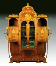 Art Nouveau inlaid mahogany cabinet by Christopher Pratt & Sons, Bradford England ca.1910.