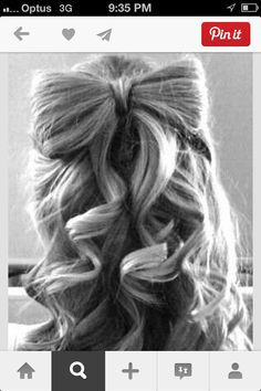 Such a cute way to style your hair for a formal