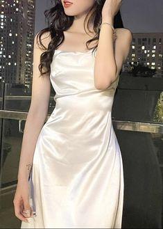 Korean Fashion Dress, Kpop Fashion Outfits, Girl Outfits, Fashion Dresses, Cute Casual Outfits, Pretty Outfits, Pretty Dresses, Beautiful Outfits, Aesthetic Clothes