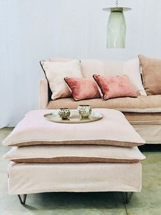 Piece A Vivre, Sofa Covers, My Room, Decoration, Floor Pillows, Cosy, Sofas, Living Room, Arduino