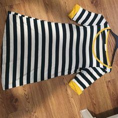 Dark green and yellow tshirt dress Very soft light weight material Dresses Midi