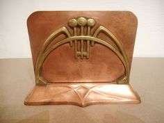 Letter holder in yellow and red copper with Art Nouveau decor in the taste of Guimard. Letter Holder, Wmf, Metals, Leather Backpack, Art Nouveau, Brass, Interiors, Lettering, Patterns