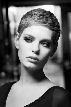 "Top 33 Pixie Hair 2019 : Easy Short Haircut for Women You can immediately start viewing images for the carefully compiled article for the very special short ""pixie hair images and the latest… Very Short Hair, Short Hair Cuts For Women, Short Hairstyles For Women, Ladies Hairstyles, Hairstyles 2018, Easy Short Haircuts, Celebrity Short Haircuts, Haircut Short, Popular Haircuts"