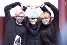 Saranghae~ <3 Lol they all look at different direction~ XD so cute ❤️ #namjoon #YoonGi #Jimin