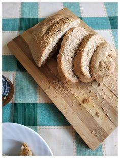 Εύκολο ζυμωτό ψωμί με αλεύρι ολικής άλεσης | mindspinfabrica Bread, Food, Brot, Essen, Baking, Meals, Breads, Buns, Yemek