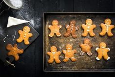 Gingerbread Men Gingerbread Man, Gingerbread Cookies, Matcha, Sweet Dough, Tray Bakes, Cookie Cutters, Biscuits, Yummy Food, Desserts