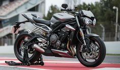 Triumph India has launched the new Street Triple RS, motorcycle comes in new shades of Matte Silver Ice and Phantom Black, The bike weighs 166 kg