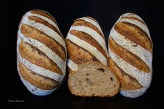Altagsbrot, is a good standard loaf that passes well throughout the day, it's leavened with a ryeflour SD, a wholewheat poolish and has a smidgin of fresh yeast in the final dough.