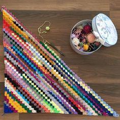 9 Tips for knitting – By Zazok Crochet Blanket Patterns, Crochet Motif, Crochet Stitches, Free Crochet, Knit Crochet, Knitting Patterns, Crochet Blankets, Yarn Projects, Crochet Projects