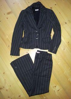 Įsigyk mano drabužį #Vinted http://www.vinted.lt/moteriski/kostiumai/16885136-rudeniskas-oficialus-max-co-kostiumelis