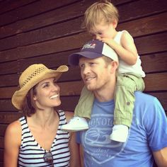 Daniela Ruah, David Paul Olsen and River