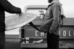 I openly want an old truck and want to surf. Green And Grey, Black And White, New Mens Fashion, Skate Surf, California Dreamin', Surf Style, Surfs Up, Way Of Life, Summer Fun