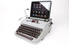 Hey, I found this really awesome Etsy listing at https://www.etsy.com/listing/121968446/usb-typewriter-computer-keyboard-olympia