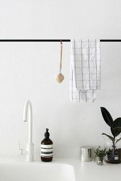 Le porte serviette en 40 photos d 39 id es pour votre salle for Porte serviette mural leroy merlin