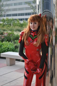 Anime: Evangelion Neon Genesis. Character: Asuka Langley Soryu. Version: EVA Plugsuit. Cosplayer: Amelia Sol 'aka' LuIubird. Event: Otakon 2010. Photo:  Anthony Chodor. (Open To See Another Picture).
